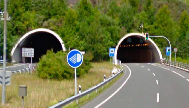 Túneles de San Lorenzo, en la A-15.