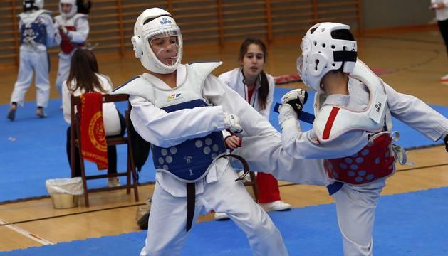El Taekwondo fue el principal protagonista del sábado en el Polideportivo Municipal Zelandi de Alsasua. Allí se celebró la tercera fase de los Juegos Deportivos de la temporada, la última fase previa a las finales, que se disputarán en abril.