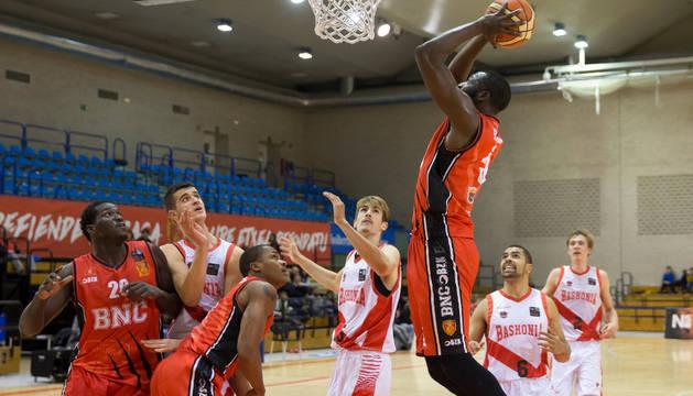 Basket Navarra durante el encuentro de la primera vuelta.