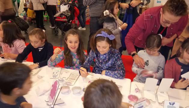 Este fin de semana se celebra en Baluarte la segunda edición de la feria de la familia Expofamily con multitud de talleres y actividades para niños y mayores.