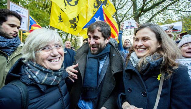 La exconsellera Clara Ponsatí, a la izquierda, en un acto en Bruselas.