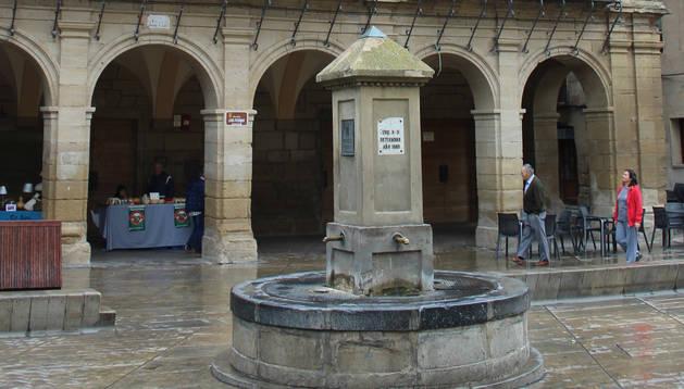 Fachada principal del ayuntamiento de Viana.