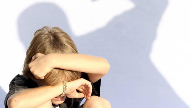 foto de Un montaje que simula el acoso de un escolar.