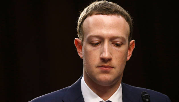 Mark Zuckerberg, durante su comparecencia