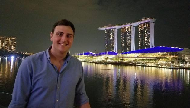 El periplo de Luis Javier Sagaseta, analista de mercado en Singapur
