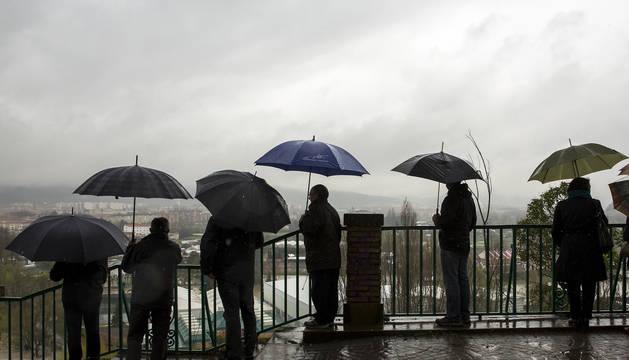 Pamplona ha abierto el paraguas dos de cada tres días en 2018