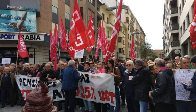 """Nueva concentración en Pamplona por unas pensiones dignas """"hoy, mañana y siempre"""""""