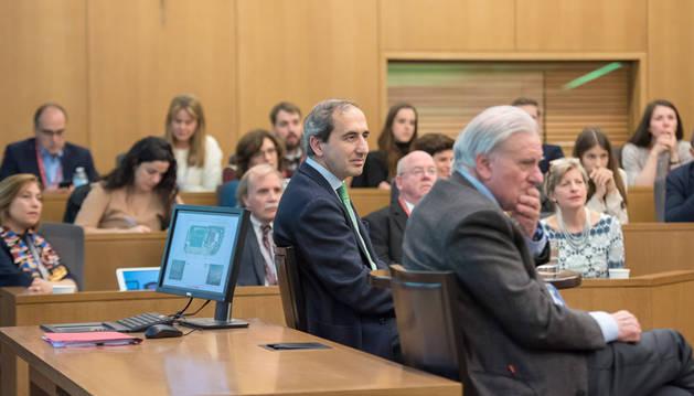 En la imagen, momento de la charla del rector de la UN y Valentín Fuster en Nueva York.