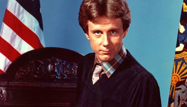 Harry Anderson, caracterizado como el juez Harry Stone en 'Juzgado de Guardia'.