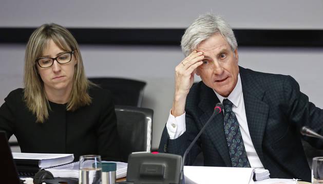 Goñi atribuye el incremento de su salario en 2010 a una póliza de permanencia