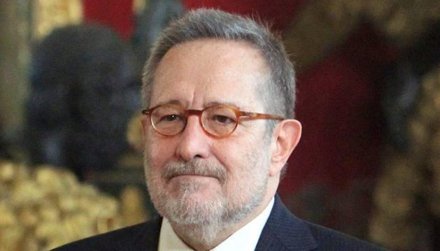Periodistas y políticos ensalzan la rigurosidad e innovación de Erquicia