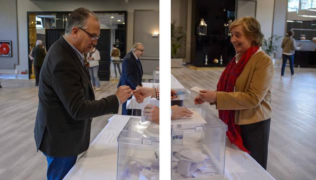 Maya y Kutz ya han votado en las primarias de UPN para la alcaldía de Pamplona