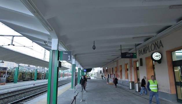 La estación de tren de San Jorge que Bildu, Aranzadi e I-E quieren mejorar para no hacer la de Echavacoiz.