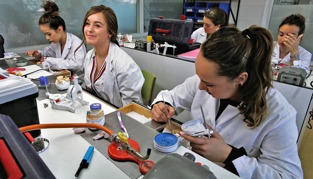 La Escuela Sanitaria Técnica arranca como centro de referencia nacional