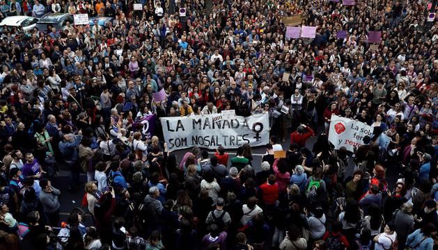 Sentencia de 'La Manada': condenados a 9 años por abusos, pero absueltos de agresión sexual