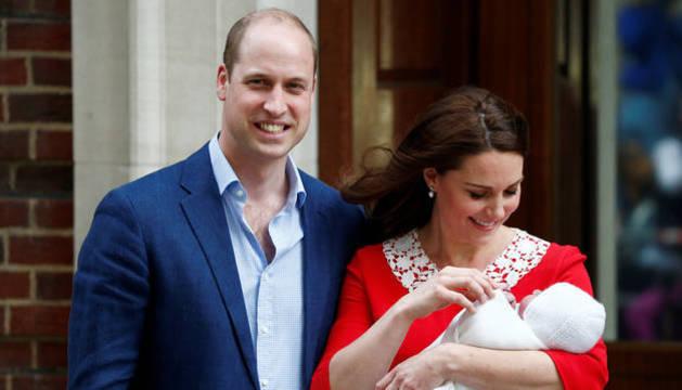 Luis Arturo Carlos, el nombre elegido por los duques de Cambridge para su tercer hijo