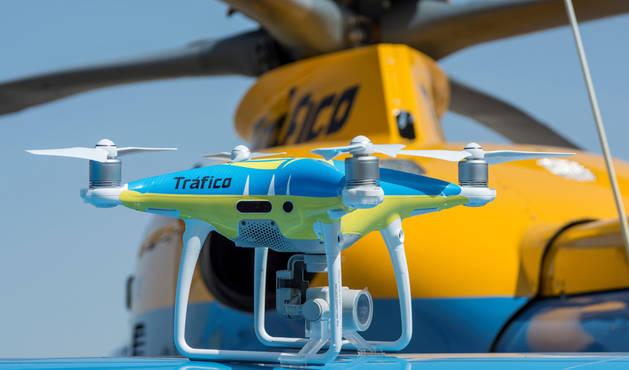 Drones para vigilar las carreteras este puente, con 7,4 millones de viajes