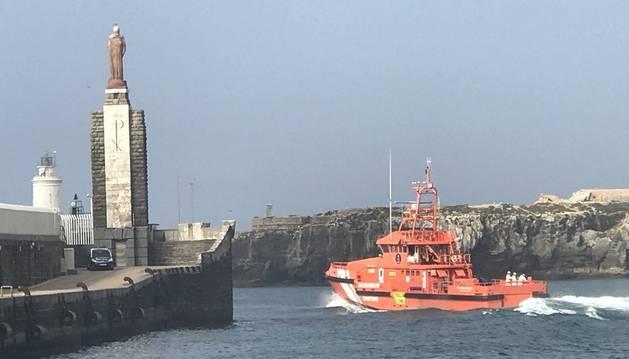 Salvamento Marítimo ha recibido el aviso antes de las 15 horas