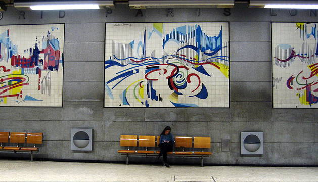 El interior del metro de Lisboa