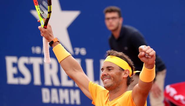 Rafael Nadal celebra su triunfo en Barcelona.