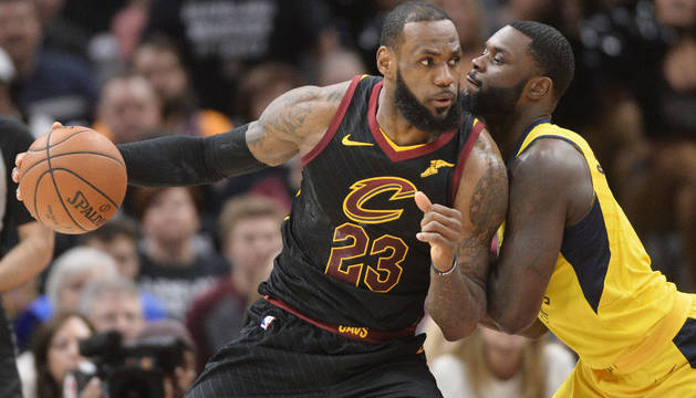 Lebron James volvió a ser imparable anotando 45 puntos