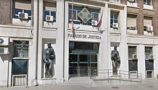Condenado a 23 meses cárcel por coaccionar a exnovia para retomar la relación