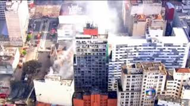 Continúa la búsqueda de desaparecidos tras el derrumbe de un edificio en Sao Paulo