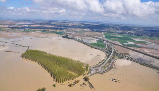 El Ebro causó 24 roturas de motas en los mismos puntos que en 2015