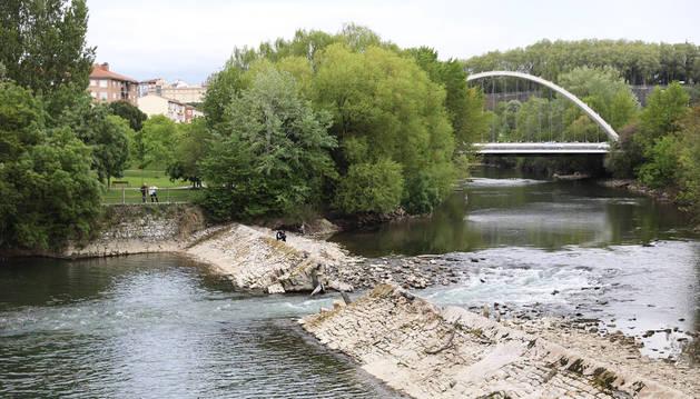 La presa de Santa Engracia se reparará de forma provisional