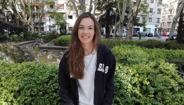 foto de La directora del documental, María Monreal Otano.