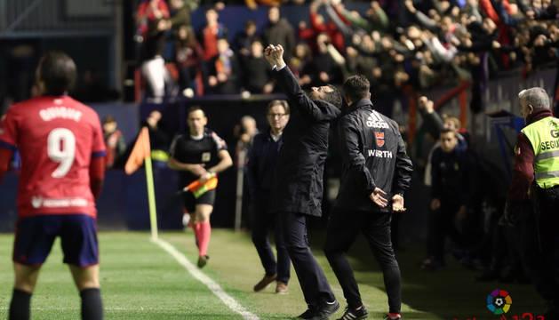 Diego Martínez celebra la victoria.