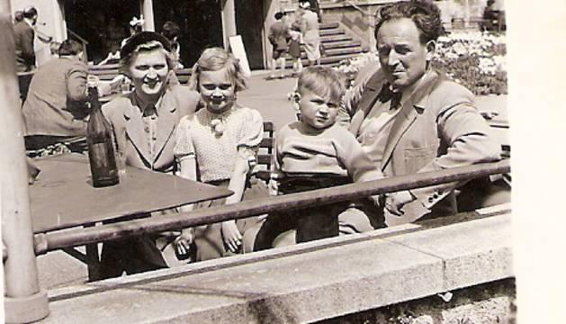 Su vida recorrió toda la historia del siglo XX y que terminaron el pasado 27 de octubre en la Selva Negra, al sur de Alemania.