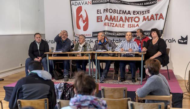 Presentación de la Asociación Navarra de Víctimas del Amianto para asesorar a afectados