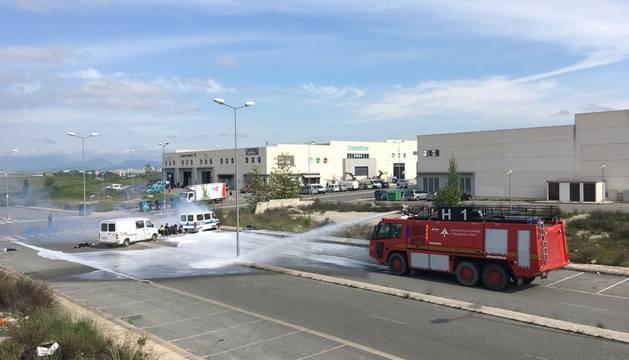 El Aeropuerto de Pamplona ha sido escenario este jueves de un simulacro de accidente