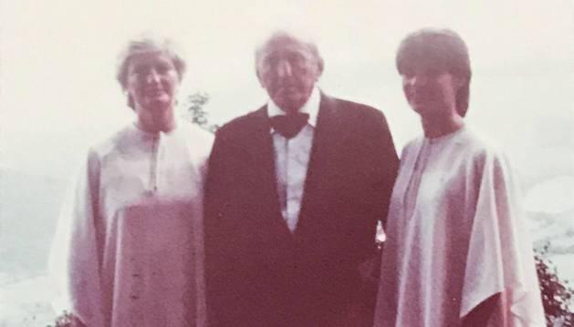 Celia Olaz, Julián Olaz y Celia Poza, en una imagen de 1981.