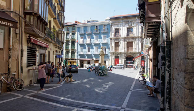 Comercios del Casco Antiguo de Pamplona regalan pinchos, helados, cafés, tés y chocolate