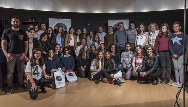 Fundación Diario de Navarra entrega los premios de su V Concurso Periodístico Escolar