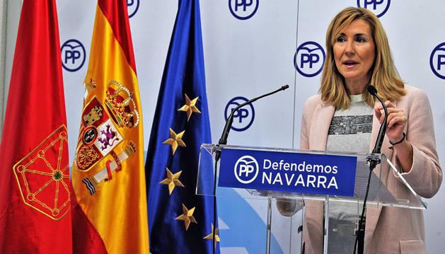 Ana Beltrán, dando una rueda de prensa en la sede de su partido, en una imagen de archivo.