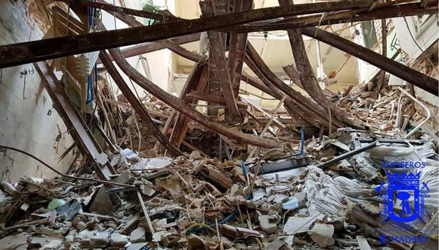 foto de Interior del edificio en el que fueron sepultados dos obreros en Madrid.
