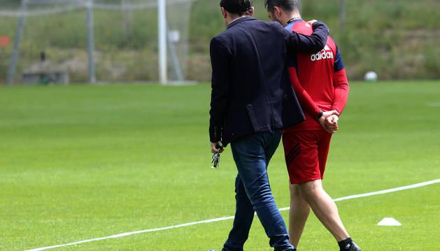 El director deportivo de Osasuna, Braulio Vázquez, esta semana junto al entrenador, Diego Martínez.