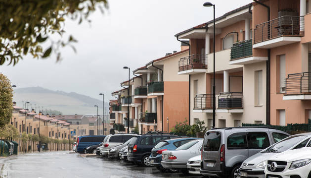 foto de Avenida la Lostra de Noáin, donde están situadas cuatro de las cinco comunidades.