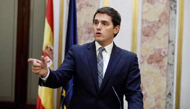 El presidente de Ciudadanos, Albert Rivera, durante la rueda de prensa ofrecida al término del pleno del Congreso
