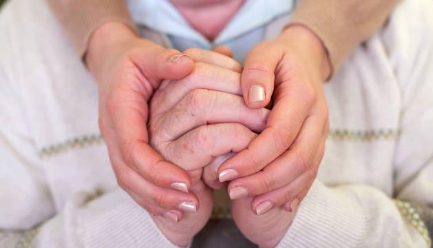 Cuidar a una persona con una demencia es una tarea maratoniana.