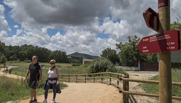 El recorrido entre Arbeiza y Murieta ha despertado ya en estos días de estreno el interés de numeroso paseantes y ciclistas.