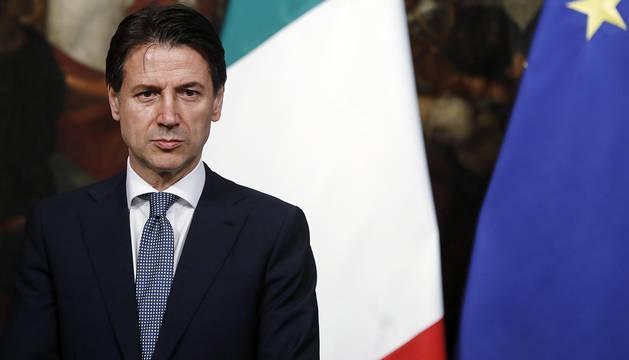El primer ministro italiano, Giuseppe Conte, asiste al acto de juramento de los cargos de su equipo de gobierno en Roma