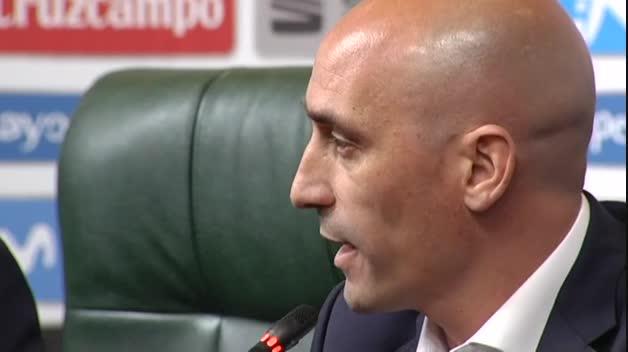 Rubiales destituye a Lopetegui por su negociación con el Real Madrid al margen de la RFEF