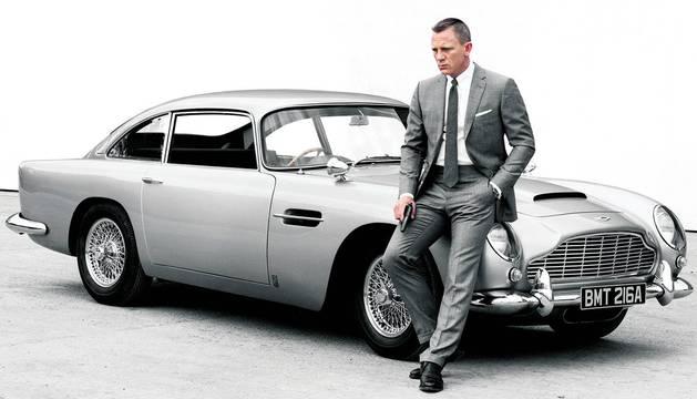 Bond se queda sin coche