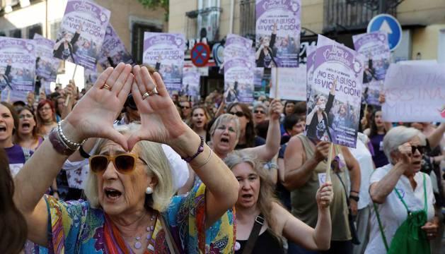 Miles de personas vuelven a tomar las calles de Madrid al grito de