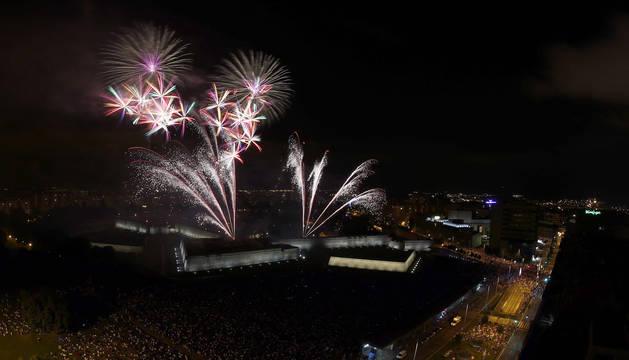 El parque de la Ciudadela acoge cada noche de San Fermín los fuegos artificiales