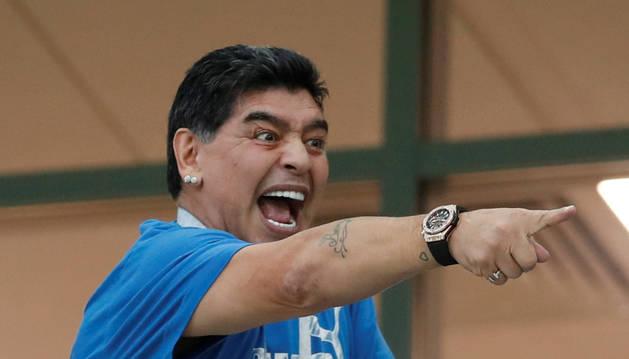 Maradona, dando la nota en el Mundial